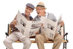 seniors_reading_newspaper
